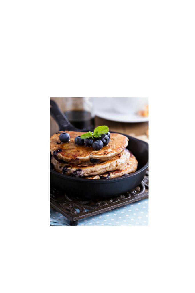 Easy Healthy Blueberry Pancakes   Q4fit.com